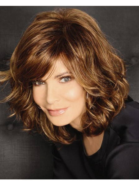Breathtaking Wig With Shoulder-Length Layers Of Rich Beachy Waves