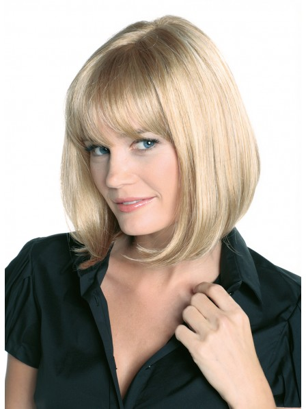 Classic Medium Straight Blonde Bob Wig