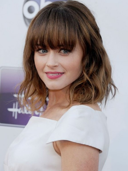 Alexis Bledel Medium Wavy Synthetic Capless Hair Wig
