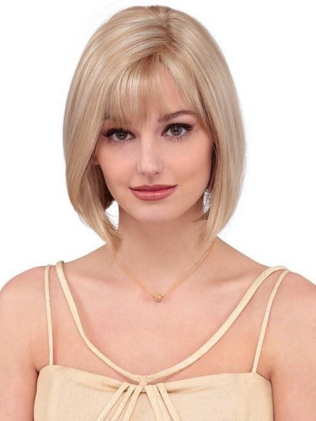 Chin Length Blonde Bobbed Style Wig with Bangs