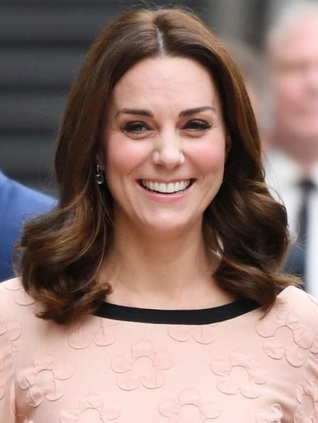 Elegant Curly Shoulder Length Kate Middleton Celebrity Wigs