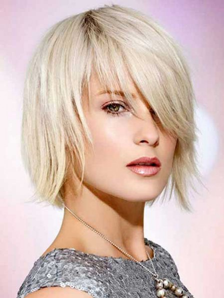 Natural Look Lace Front Synthetic Celebrity Short Straight Wigs