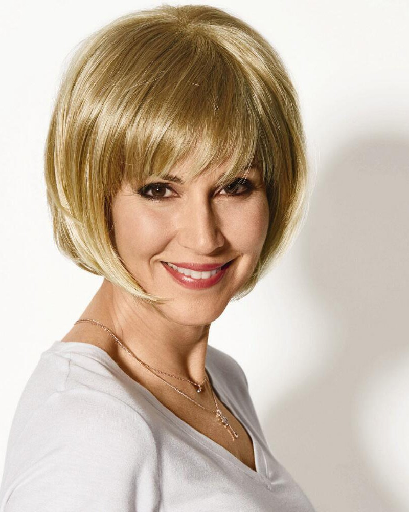 Chic Chin Length Bob Wigs With Angled Layers And Piecey Bangs