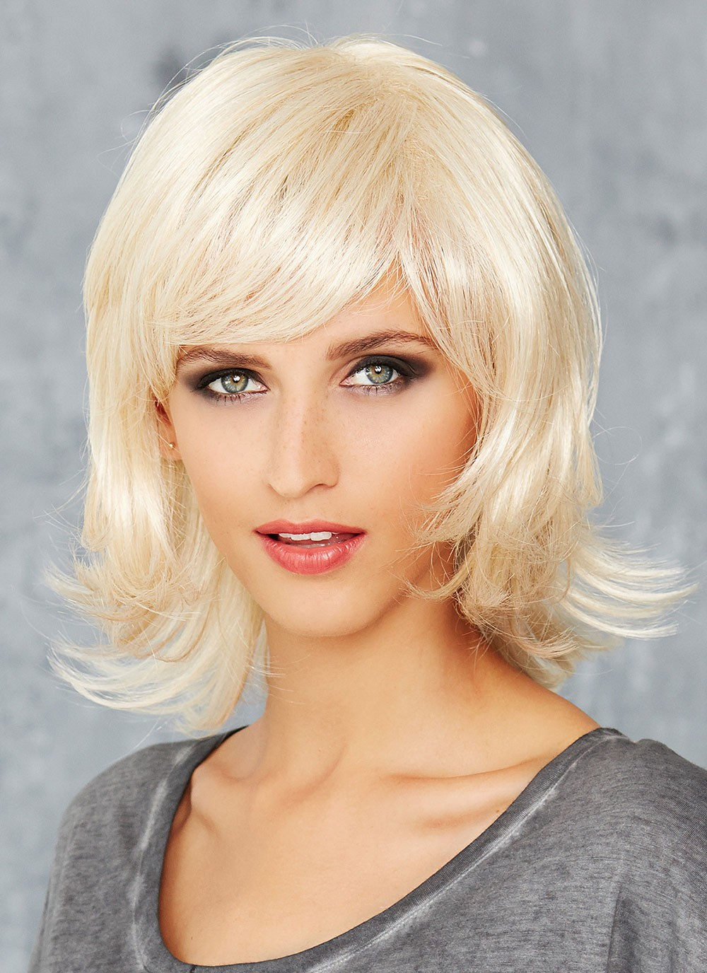 shoulder length platinum blonde natural straight wigs with