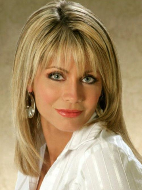 Barbara Mandrell Synthetic Shoulder Length Straight Wig
