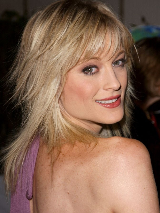 Teri Polo Blonde Lace Front Wig Woth Thinned Bangs