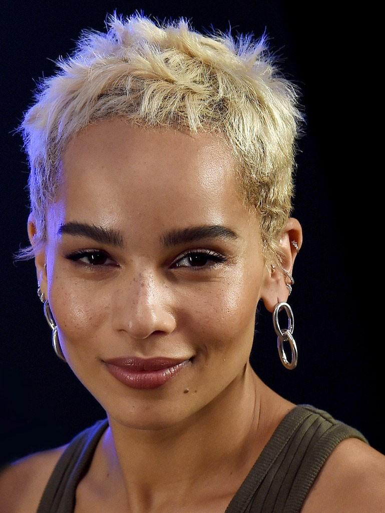 Zoe Kravitz Pixie Cut Blonde Wig For Ladies Rewigs Co Uk